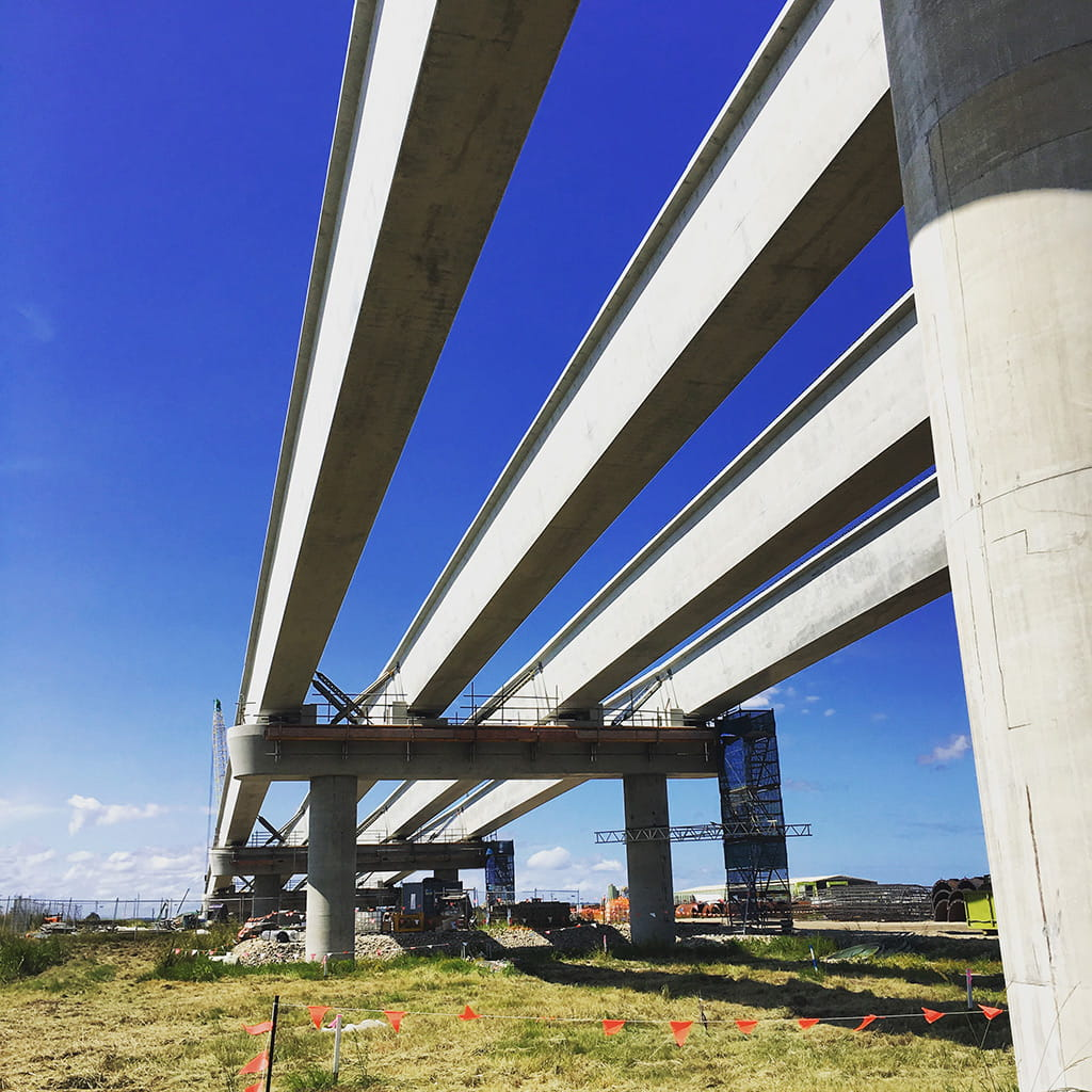 construction underway Harwood Bridge Yamba Civil Consult provided services Acciona including working platform design and certification for 750T crane for on land bridge girders